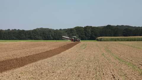 Kverneland Pflug, Fendt Traktor