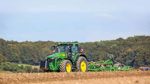 Traktor John Deere 8R