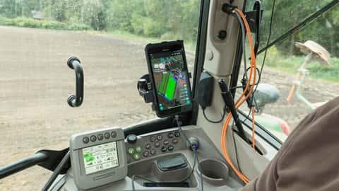 Fernerkundung und Dokumentation auf der Traktor-Kabine