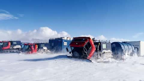 Pistenraupen in der Antarktis
