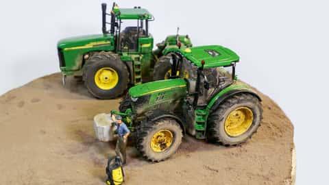 Verschmutzer Traktor Modell