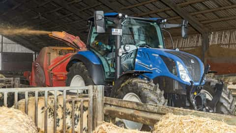 New Holland T5.140 DC